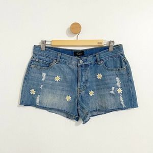 Rails NWT Denim Floral Aplique Distressed Shorts